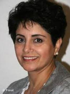 خانم ژاله وفا: نقض تمامیت ارضی ایران در نظام شیخی